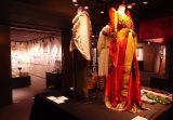 弘前大学資料館第22回企画展関連イベント アフリカ絵巻ギャラリートーク「装う精霊」が開催されました